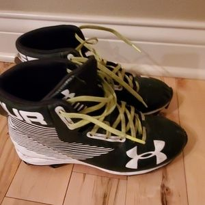 Youth Under Armour football cleats